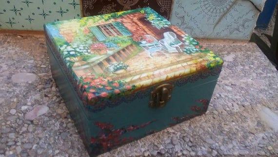 Joyero De Madera Terraza Mediterranea Con Buganvillas Caja De Madera Para Joyas Y Recuerdos Caja De Te Decorada Con Decupage Y Pintura