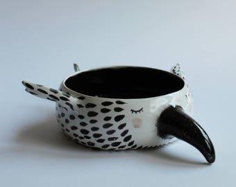 Sleepy raven bowl - ceramic crow bowl, planter