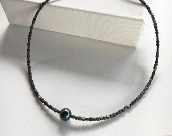 Tahitian pearl layering necklace. Seed bead and pearl necklace. Beaded necklace. Pearl necklace. Tahitian pearl look jewelry. Necklaces.
