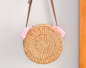 Leather strap • Straw bag • Straw handbag • straw crossbody bag • handmade with leather strap • boho bag in round shape
