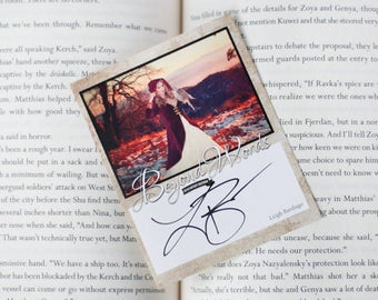 Signed Leigh Bardugo book plate featuring image from the 2016 Beyond Words fantasy author calendar
