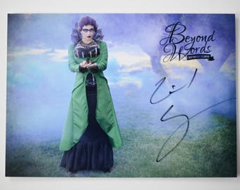 Signed Gail Carriger *5x7* photo print from the 2014 Beyond Words fantasy author calendar