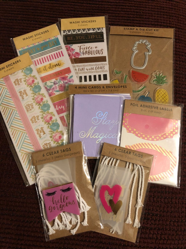 8 Piece Scrapbooking EmbellishmentsPaper CraftsStamp and Die Cut KitWashi StickersFoul Adhesive LabelsClear TagsMini Cards /& Envelopes