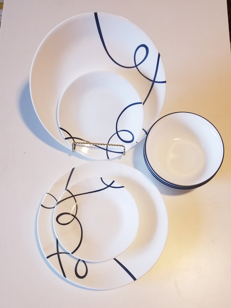 a82ab948db4c0 Vintage (1980s) 9 pieces Corelle Vitrelle Corning Dinnerware -Dinner  Plates-Salad plates- Bread Plates-Eating plates-Cereal Bowls-Soup Bowls
