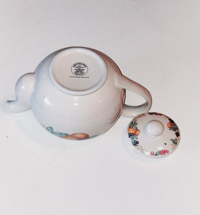 1990s Plates-Coffee-TeaCups by Corning Corelle Abundance Fruits Teapot-Drinking Cups-Stoneware-Ceramic-Porclain-Dishes-Dinnerset Vintage