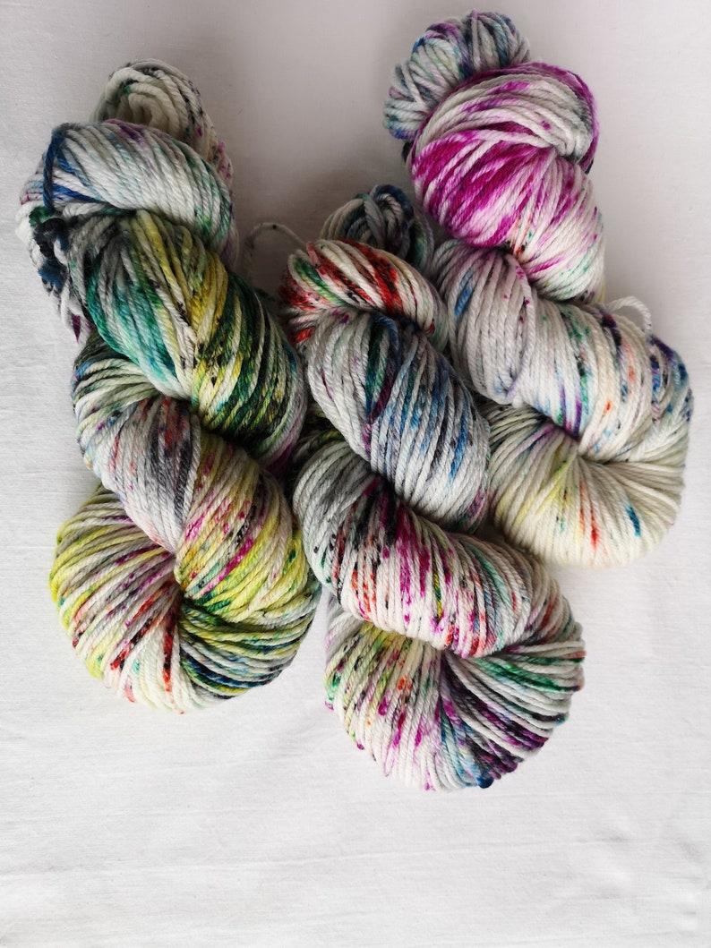 Knitting wool 6 x 100g acrylic yarn 8ply Multi Colour Brights 100/% Brand New
