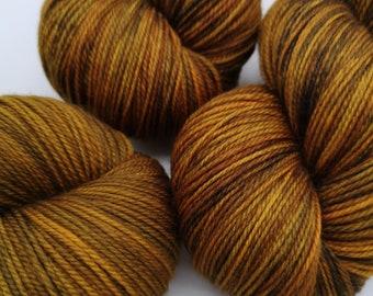 Hand Dyed Variegated New Zealand Merino Yarn. - Burnished