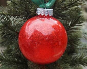 Christmas decoration, christmas baubles, glastic bauble, shatterproof baubles, red christmas decoration, christmas tree decorations