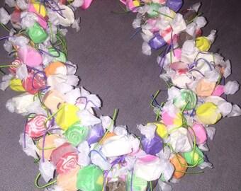 Taffy lei necklace