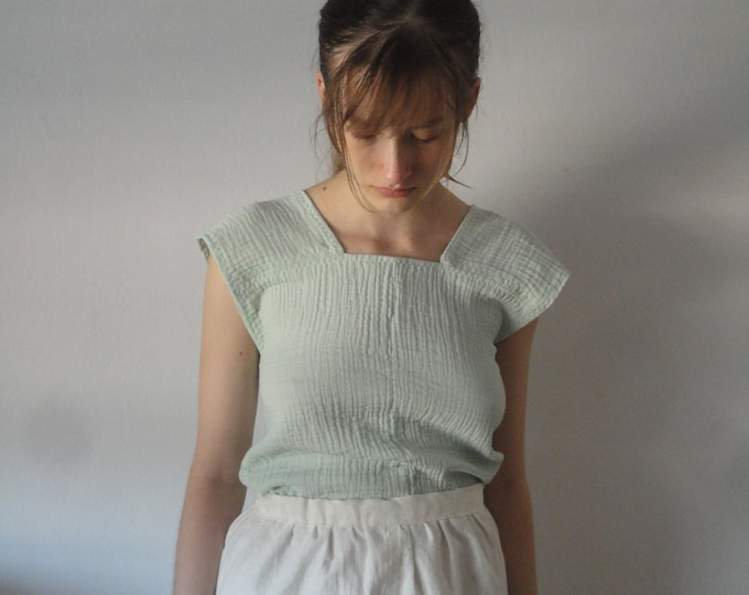 Featured listing image: OUTFIT nr. 21 // short soft hemp skirt with back tie and simple organic cotton double gauze top in mint (SUMMER 2019)