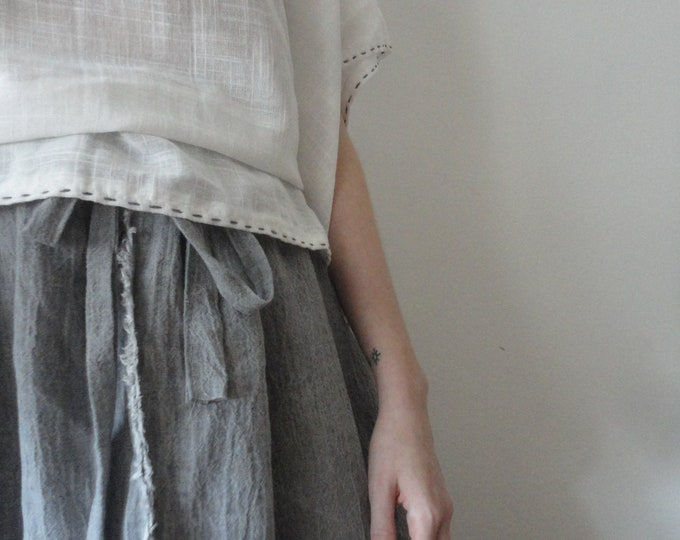 Featured listing image: OUTFIT nr. 2 // extra wide crinkled linen skirt in grey and light white organic cotton tunic top with blue stitching (SPRING / SUMMER 2019)