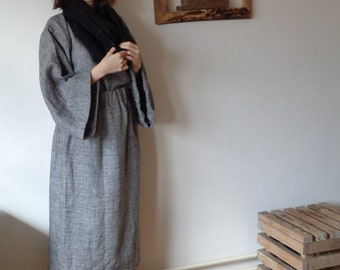 OUTFIT 14 // winter 2020: linen-wool skirt + linen-wool top (kimono or gathered sleeves) + various scarves