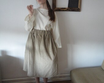 OUTFIT nr. 62 // wide heavy corduroy skirt with pockets in beige and heavy wool top with kimono sleeves in creme