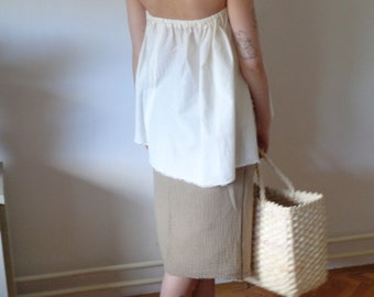 OUTFIT nr. 4 // spring-summer 2021: light organic cotton top with double gauze skirt and woven husk shopper (size M - L)