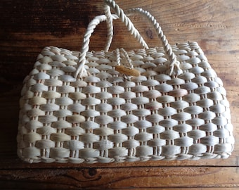 handwoven HAND BAG without inlet, hand-made from natural husk