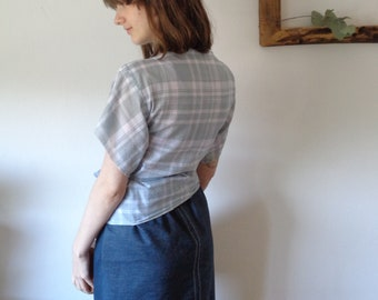 OUTFIT nr. 9 // spring-summer 2021: organic cotton jeans skirt with plaid organic cotton top / blouse (size S - M)