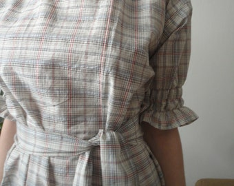 OUTFIT nr. 68 // light cotton plaid tunic dress with smocked sleeves, matching collar (SPRING 2020)
