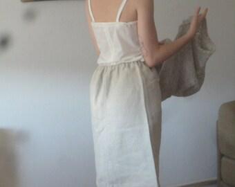 OUTFIT 9 // spring 2020: natural hemp denim skirt + hand knitted wool vest + simple cotton top + vegan tree bark clutch