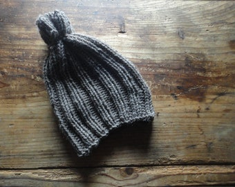 hand knitted BEANIE / NECK WARMER, hand-knitted from soft natural wool in different colors