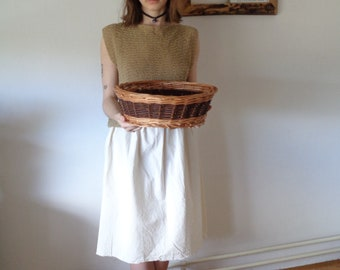 OUTFIT nr. 2 // spring-summer 2021: rich raw cotton skirt with knitted hemp-cotton top and basket (size S - M)