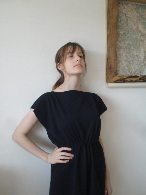 simple cut DRESS / TOP / SHIRT (short or long sleeves _ butterfly), hand made from midi weight organic cotton jersey in white or indigo blue