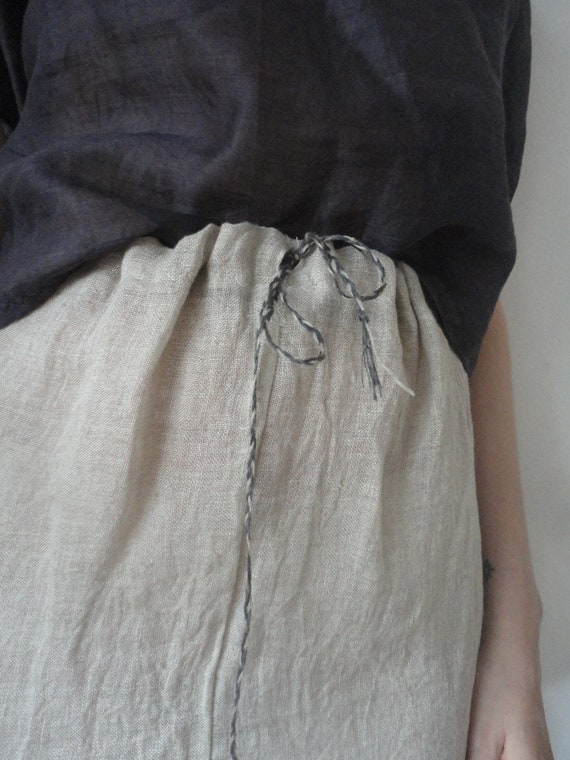 OUTFIT nr. 29 // raw linen gauze skirt with aubergine ramie baloon sleeved blouse (SPRING/AUTUMN 2019)