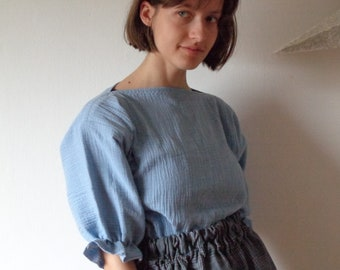 OUTFIT nr. 22, autumn 2021 // cotton double gauze top with gathered sleeves and plaid silk-linen skirt with elastic waist (size S - M)