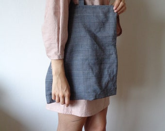 OUTFIT nr. 7, autumn 2021 // old pink cotton-linen dress with long sleeves and belt with plaid blue linen-silk tote / bag (size S - M)
