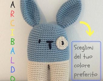 Arcibaldo il coniglietto perfetto! Pupazzo, uncinetto, SU ORDINAZIONE, amigurumi, crochet, soft toy, doudou, bambini, giocattolo