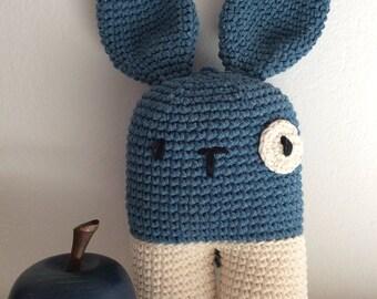 Arcibaldo il coniglietto perfetto! Pupazzo all'uncinetto, SU ORDINAZIONE, amigurumi crochet, doudou per bambini, toys for kids.