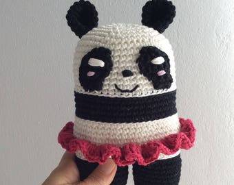 Berenice la panda danzatrice- pupazzo per bambini all'uncinetto - animale di pezza - doudou crochet - amigurumi - soft toy