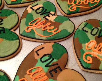 cca886fa1a Valentine Camouflage heart cookies