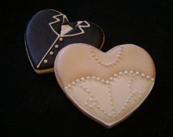 Bride and groom heart cookies | Wedding favors | Bridal | Engagement | Save the date | Anniversary | Destination wedding
