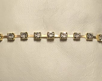 SALE!*  New*Rhinestone bracelet gold