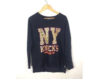 ADIDAS New York Knicks Long Sleeve Sweatshirt With Big Spell Out Leopard Logo Large Size Sweatshirt