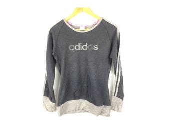 ADIDAS Ladies Sweatshirt Long Sleeve Sweatshirt Pull Over Sportwear Small Size woth Big Spell Out Logo