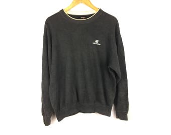 NEW BALANCE Large Size Long Sleeve Sweatshirt With Small Embroiled Logo
