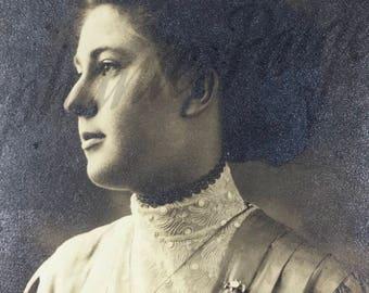 1910's | Woman Portrait | black & white photography