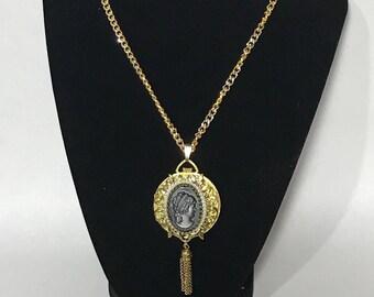 Vintage | Clock Pendent Necklace