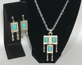 Faux Turquoise | Silver Tone Necklace set