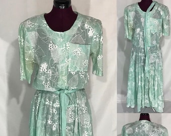 1980's | Willow Ridge Dress | with shoulder pads