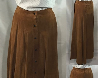 1980's   Cedar Skirt   GENUINE Leather   brown with pleats