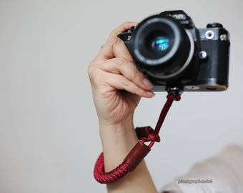 cool Dark red Chinese knot 16mm handmade Camera wrist band