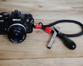 red and black Climbing rope 9.5mm handmade Camera wrist band