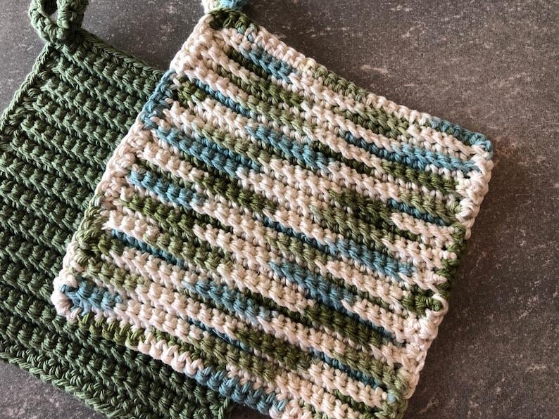 Mother/'s Day Gift Gift for Mom Hanging Pot Holders Set of 2 Housewarming gift Crochet Pot Holders Cotton Pot holders Crochet Hot Pads