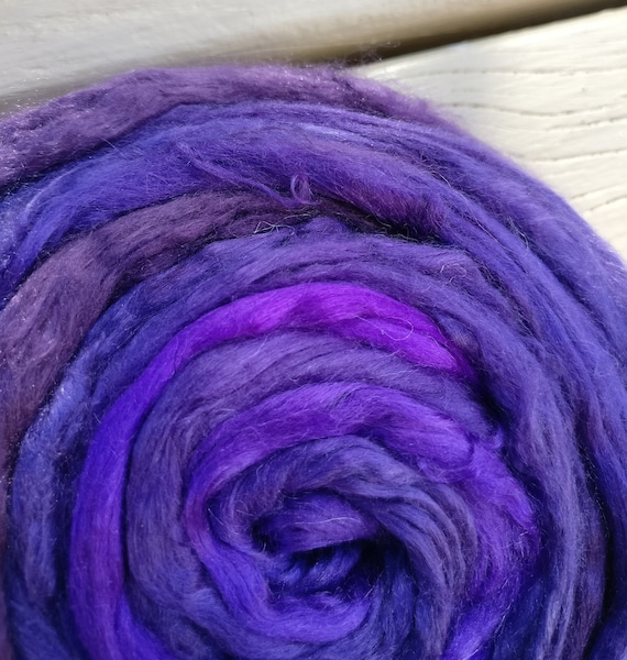 CRAFT 25g MERINO WOOL TOPS /& TUSSAH SILK lavender//amethyst//violet MIX.FELTING