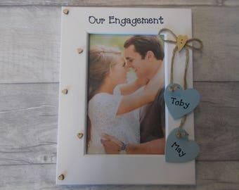 Cadeau de fiançailles personnalisé Photo cadre fabriqué à la main 6 x 4 5 x 7 10 8 x 6 x 8 n'importe quel texte disponible