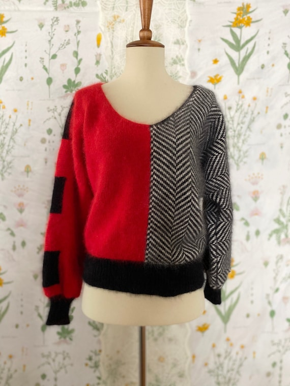 Vintage 80s Pavvia Fluffy Angora Twin Peaks Red B… - image 1