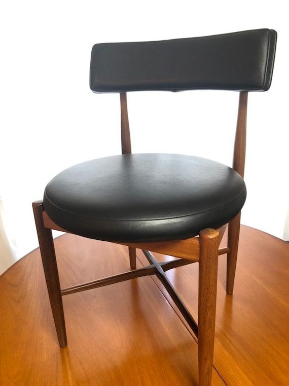 Fabulous G Plan Ib Kofod Larsen Teak Retro Dining Chairs Black Vinyl 1960S Vintage Mcm Mid Century Modern Danish Design Gmtry Best Dining Table And Chair Ideas Images Gmtryco