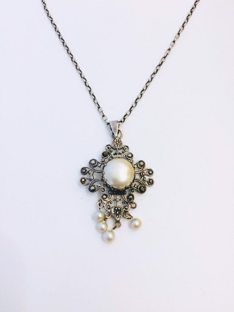 Vintage silver necklace /& pendant with large pearl
